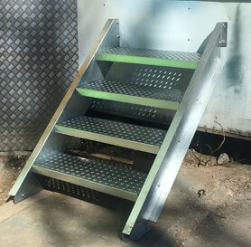 Steel Stairs - H 100 cm